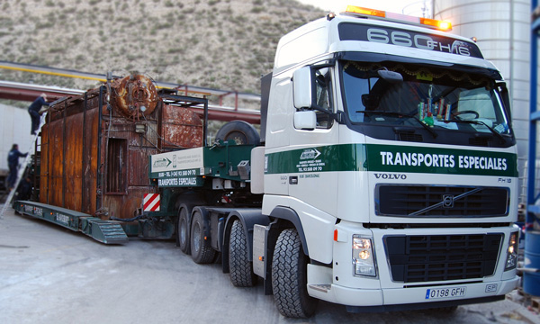 Transports gondola of 4 axles extendible of 4.75 m wide up to 90 tons